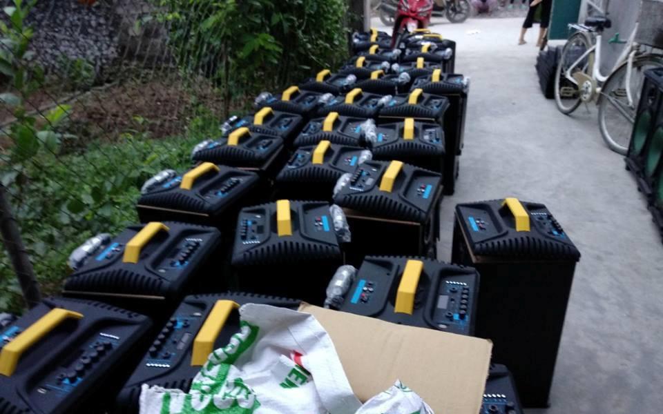 Bao tải chứa ma túy để giữa cánh đồng muối: Thu giữ 100 loa thùng và bao tải dùng để chứa ma túy