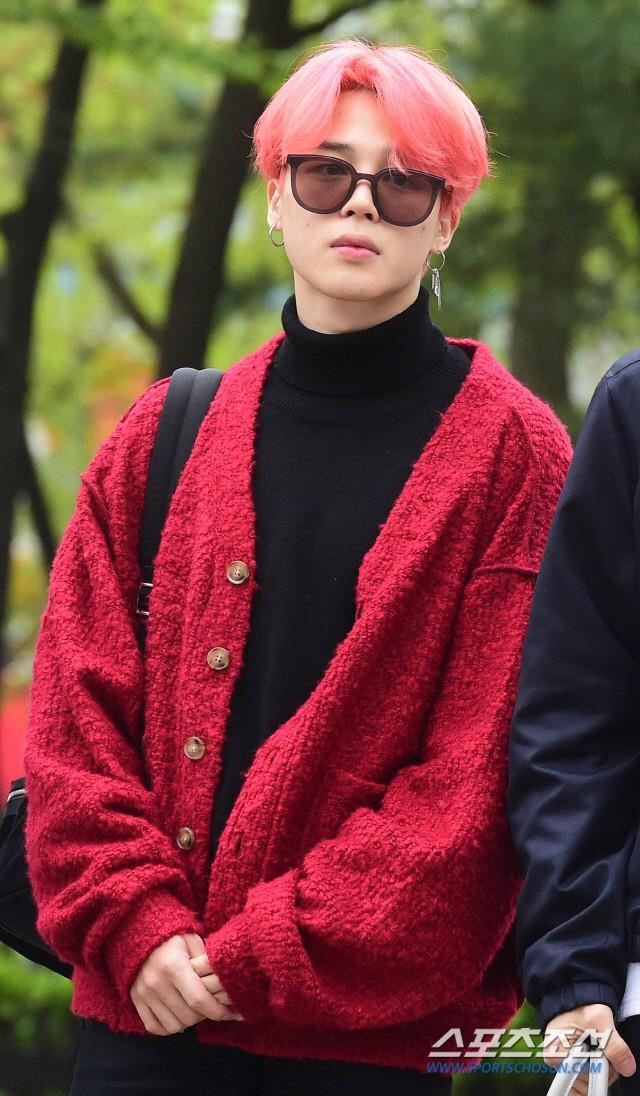 Quân đoàn idol hot nhất Kpop quy tụ: Mỹ nam BTS hớ hênh, nữ thần lai và dao kéo đọ sắc lung linh bên dàn mỹ nhân - ảnh 5