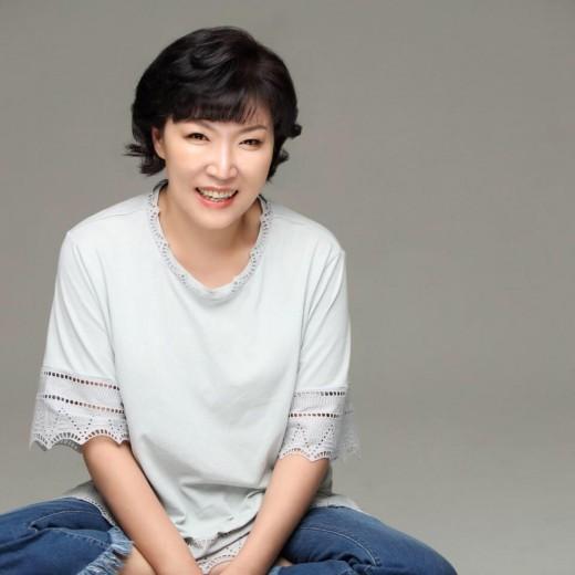 Hôm nay là ngày Tử thần đối với Kbiz: Nhóm tân binh gặp tai nạn làm 1 người chết, bạn diễn Song Joong Ki bỗng qua đời - ảnh 2