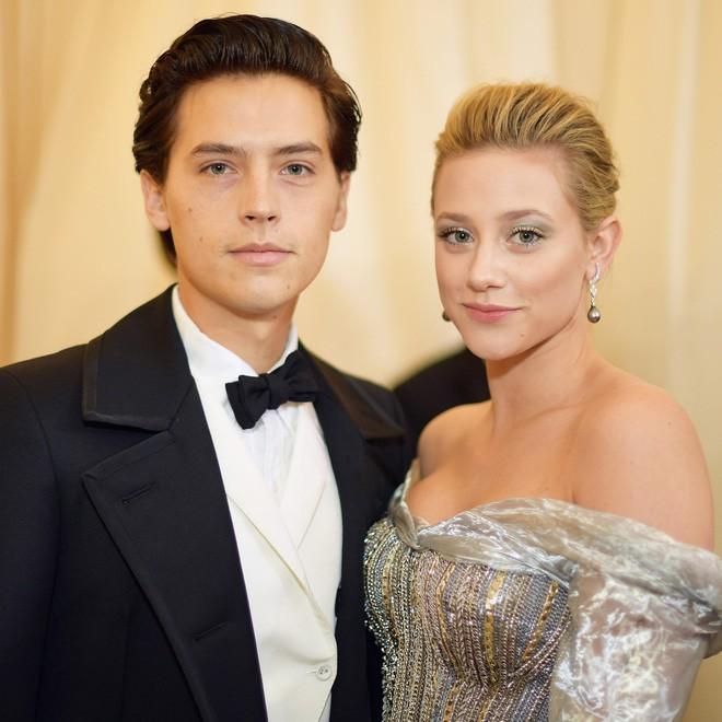 6 cặp đôi 9X đáng ngưỡng mộ nhất Hollywood: Mối tình của Justin hay Miley không xúc động bằng sao nhí Zack & Cody - ảnh 31