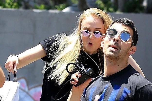 6 cặp đôi 9X đáng ngưỡng mộ nhất Hollywood: Mối tình của Justin hay Miley không xúc động bằng sao nhí Zack & Cody - ảnh 43