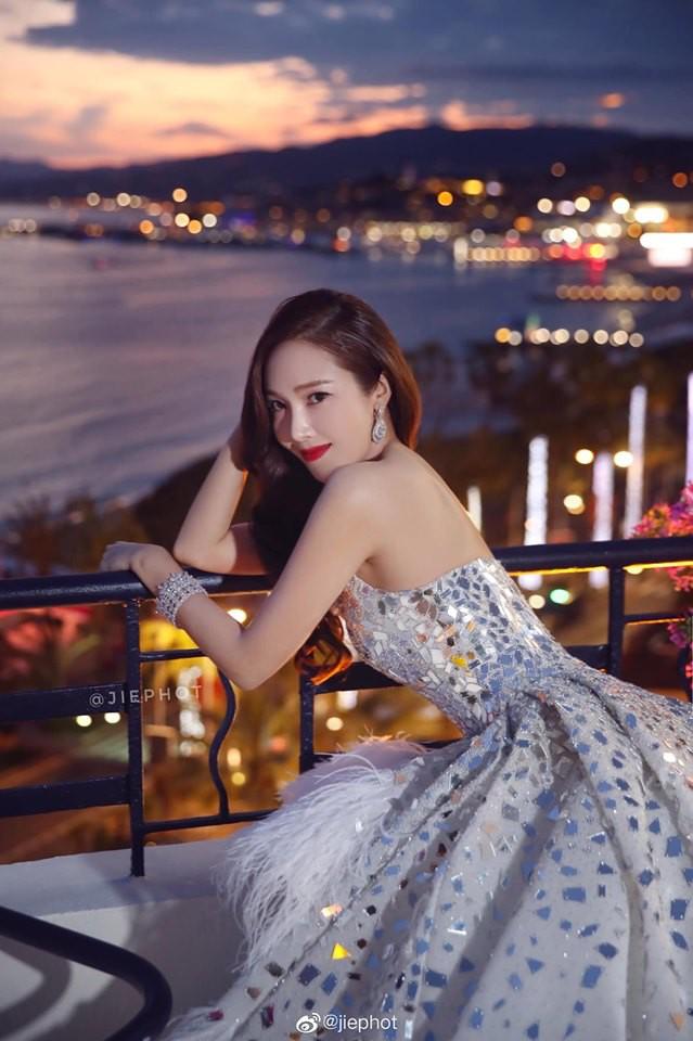 Không phải minh tinh Hollywood, dàn mỹ nhân châu Á sau đây mới thống trị thảm đỏ Cannes 2019: Trùm cuối là ai? - ảnh 23