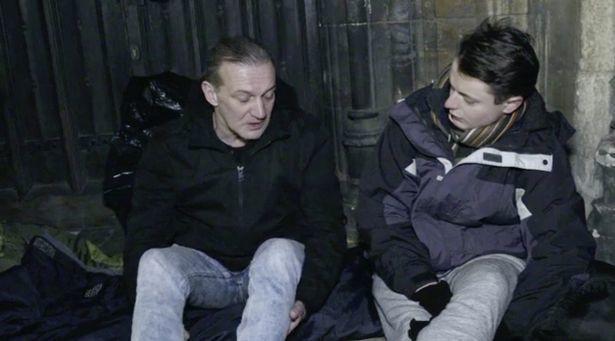 Thiếu gia ngập trong hàng hiệu tỉnh ngộ sau 1 đêm sống như người vô gia cư - ảnh 6