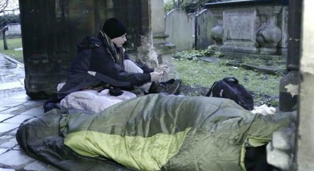 Thiếu gia ngập trong hàng hiệu tỉnh ngộ sau 1 đêm sống như người vô gia cư - ảnh 7