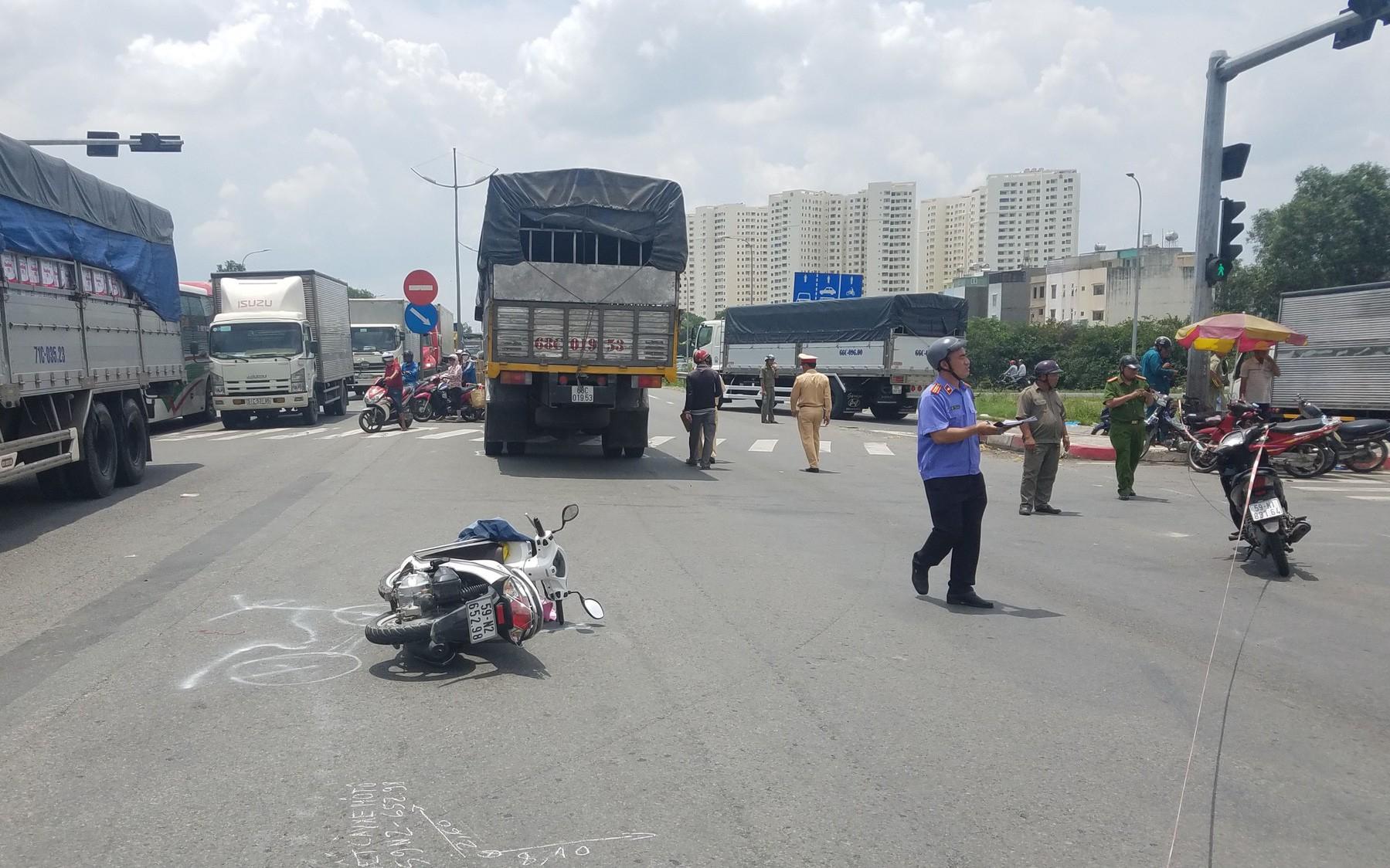 2 người phụ nữ cùng 1 bé gái 5 tuổi thương vong khi đi khám bệnh trở về nhà ở Sài Gòn