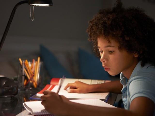 Khoa học chứng minh: Cha mẹ của những đứa trẻ thành công đều có 10 đặc điểm chung này, muốn con hay mình phải giỏi! - ảnh 3