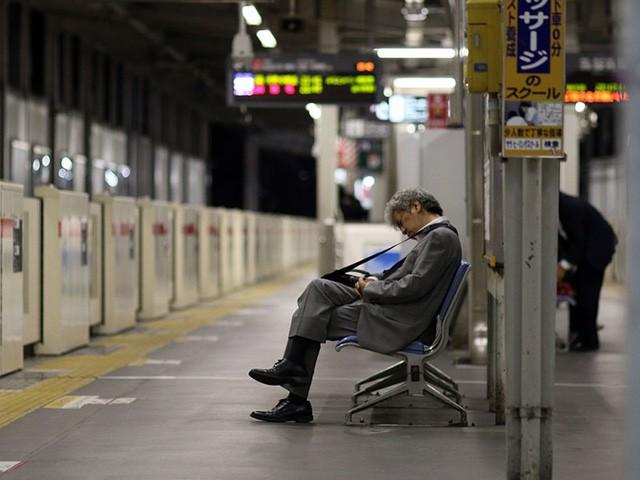 Mặt trái của nền văn hóa quá... lịch sự: Người Nhật ngày càng hung hãn - ảnh 3
