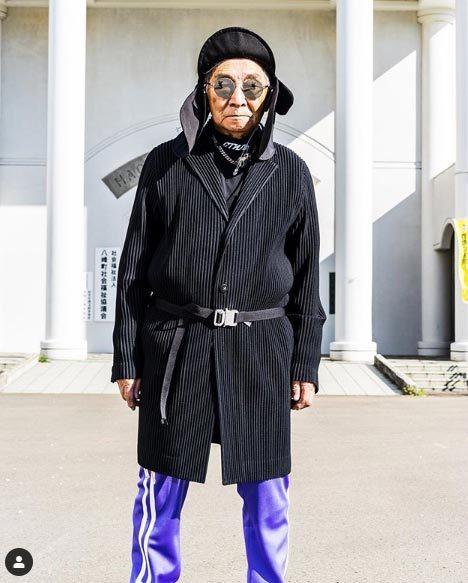 Gu ăn mặc cực chất của biểu tượng thời trang 84 tuổi - ảnh 11