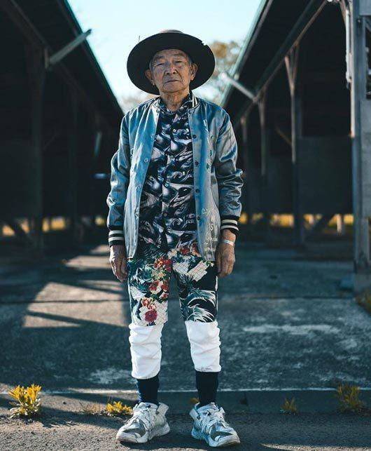 Gu ăn mặc cực chất của biểu tượng thời trang 84 tuổi - ảnh 10