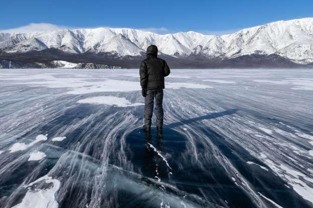 Những hình ảnh đáng kinh ngạc về tạo hình băng trên hồ Baikal - ảnh 9