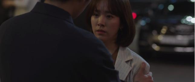Đêm Xuân tập 10: Han Ji Min ngăn crush vả người yêu cũ bằng chiêu tâm sự đến khuya - ảnh 4
