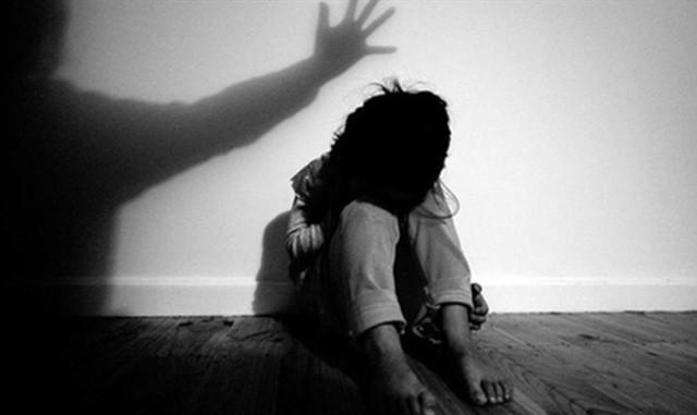 Nghi vấn nữ sinh vừa đỗ cấp 3 bị chủ quầy thuốc xâm hại tình dục - ảnh 1