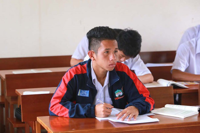 Lộ bảng điểm thi tốt nghiệp của dàn cầu thủ tuyển Việt Nam: Hồng Duy Pinky đội sổ nhưng người học giỏi nhất mới gây bất ngờ - ảnh 3
