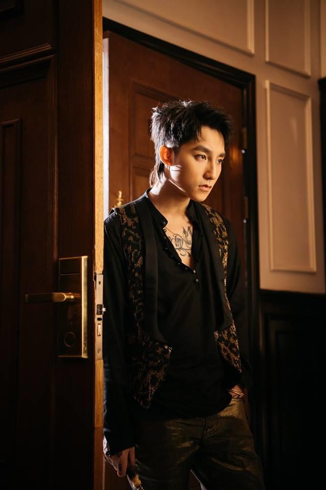 """Trước giờ G, nhìn lại những thành tích của """"Chạy ngay đi"""" mà Sơn Tùng M-TP phải vượt qua trong lần comeback này! - Ảnh 9."""