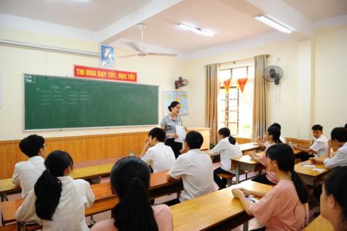 Nghệ An: Công bố điểm chuẩn, thủ khoa các lớp Trường THPT chuyên Phan Bội Châu - ảnh 1