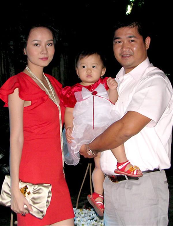 Sự đời Dương Yến Ngọc: Thi Hoa hậu từ thời Ngô Thanh Vân, ly dị đến 2 lần, trước khi đá thúng Đông Nhi đã từng động nia Lan Khuê - Ảnh 7.
