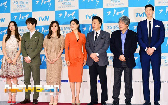 Giật mình các nam thần Hàn cao trên 1m9 đứng bên đồng nghiệp: Như người khổng lồ, Lee Kwang Soo chưa là gì so với số 5 - ảnh 3