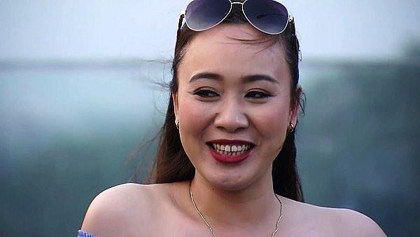 Bất ngờ với Phùng Khánh Linh - cô bạn thân căng đét của Về Nhà Đi Con: Trở thành diễn viên nhờ lời mẹ dụ dỗ - Ảnh 2.