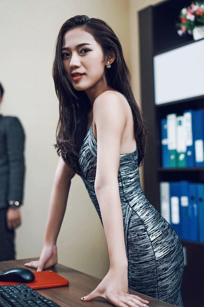 So kè 5 cô gái hội Tuesday màn ảnh Việt: Nóng bỏng từ phim đến đời thực, có người còn bị chê phản cảm vì khoe thân quá đà! - ảnh 17