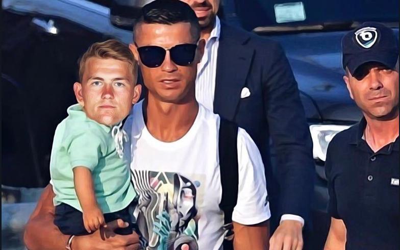 """Ronaldo được cho góp công lớn """"dụ dỗ"""" cầu thủ đẹp trai nhất Hà Lan cập bến Juventus nhưng sự thật đằng sau lại khiến tất cả té ngửa"""