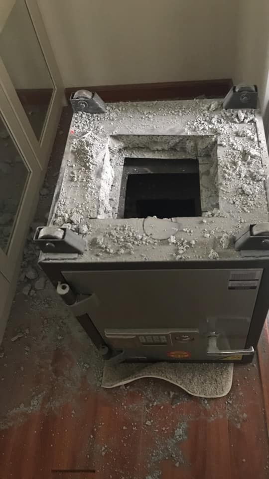 Hà Nội: Chủ căn hộ người Hàn Quốc ở khu đô thị Ciputra báo bị trộm đột nhập lấy đi tổng tài sản hơn 8 tỷ đồng - Ảnh 3.