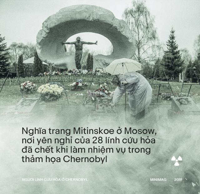 Họ chôn anh với đôi chân trần: Cái chết bi thảm của người lính cứu hỏa ở Chernobyl - ảnh 24