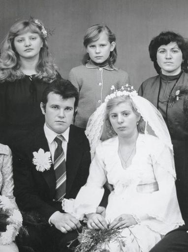 Họ chôn anh với đôi chân trần: Cái chết bi thảm của người lính cứu hỏa ở Chernobyl - ảnh 6