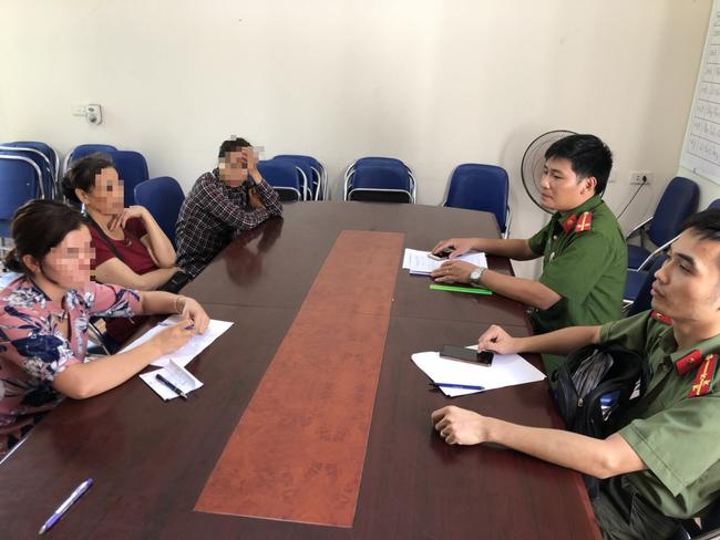Quảng Ninh: Học sinh tố cô giáo dạy thêm đánh đập, dúi mặt xuống bàn vì nói ngọng - ảnh 2