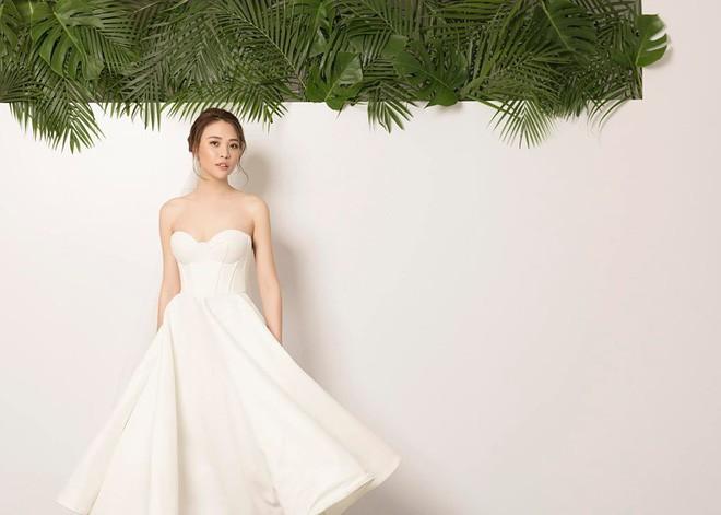 Lộ thiệp cưới và thông tin chính thức về hôn lễ của Cường Đô La và Đàm Thu Trang trong tháng 7 - Ảnh 3.