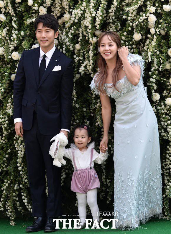 4 cặp phim giả tình thật được fan ghép đôi thành công ở Hàn: Tiếc nuối nhất cặp đầu tiên - Ảnh 14.