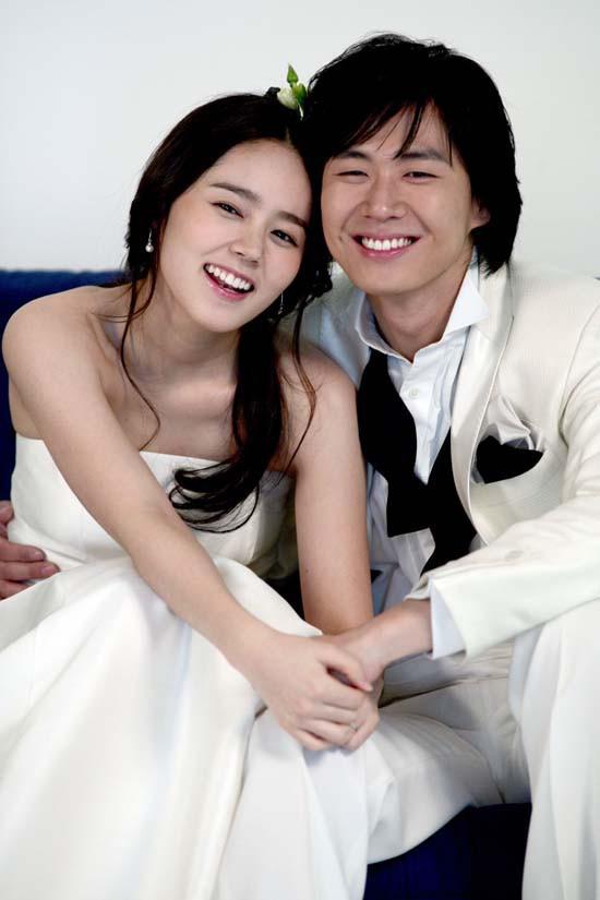 4 cặp phim giả tình thật được fan ghép đôi thành công ở Hàn: Tiếc nuối nhất cặp đầu tiên - Ảnh 10.