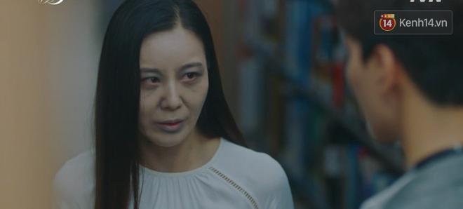 Hậu ghen lồng lộn vì crush suýt bị gả cho cháu gái tài phiệt, CEO IU và Yeo Jin Goo chính thức kết đôi trong tập 10 Hotel Del Luna - Ảnh 12.