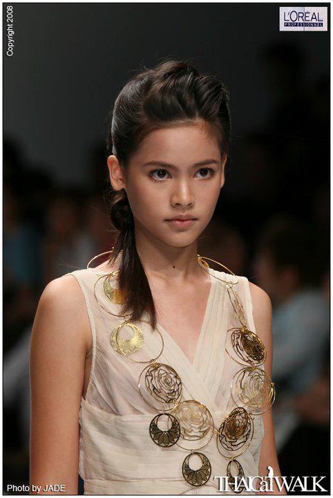 Top sao nữ đẹp từ trong trứng nước của showbiz Thái: Dàn mỹ nhân lai xuất sắc, Nira Chiếc lá bay chưa phải là nhất! - ảnh 17