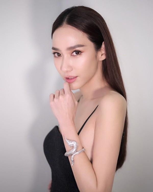 Top sao nữ đẹp từ trong trứng nước của showbiz Thái: Dàn mỹ nhân lai xuất sắc, Nira Chiếc lá bay chưa phải là nhất! - ảnh 58