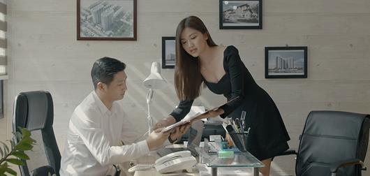 """Lấy chồng như Thái """"mắn đẻ"""" (Hoa Hồng Trên Ngực Trái) thì thôi, cầm 3 tỉ của Vũ sở khanh vẫn hơn! - ảnh 4"""