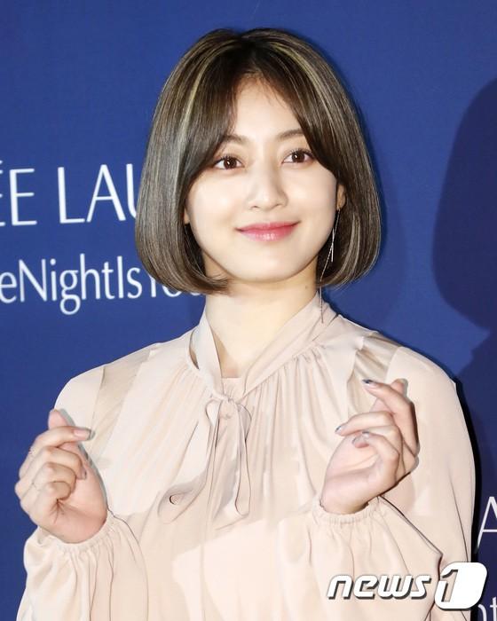 Sự kiện siêu sang quy tụ dàn mỹ nhân: Jihyo lần đầu lộ diện hậu hẹn hò Kang Daniel, bị cả Tzuyu và Sulli làm lu mờ - ảnh 4