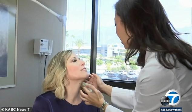 Thêm một trường hợp mọc mụn lạ trên môi sau đó được chẩn đoán mắc bệnh ung thư da ở Mỹ - ảnh 2