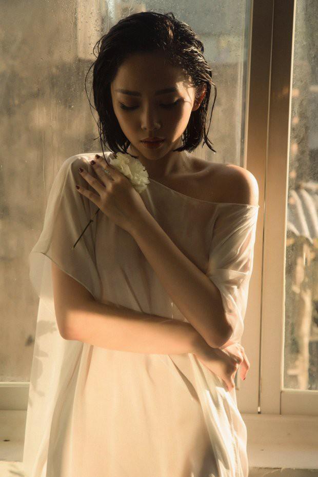Ai rồi cũng khác, xem lại MV thời ngày ấy - bây giờ của loạt ca sĩ Vpop thế hệ 8x mà thấy rõ sự thay đổi, đặc biệt là Hari Won - Ảnh 3.