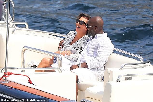 Đốt 35 tỷ vì sinh nhật chỉ có thể là tỷ phú Kylie Jenner: Kỳ nghỉ 1 tuần ở du thuyền 6000 tỷ được thuê đứt có gì mà hot thế? - Ảnh 11.