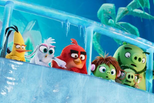 Review Angry Birds 2: Cười té ghế với hội chim lợn mập ú, nhà ai có em út nhớ dẫn đi xem - Ảnh 2.