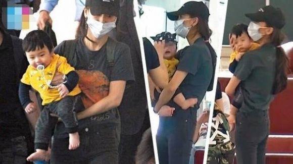 Trong khi bố mẹ bù đầu vì scandal ly hôn, quý tử nhà Angela Baby - Huỳnh Hiểu Minh gây sốt với biểu cảm chụp ảnh quá yêu - ảnh 2