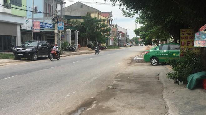 GĐ CA Nghệ An: Tài xế taxi đã lột hết quần áo cháu nhỏ nhưng không thực hiện được hành vi hiếp dâm - ảnh 1