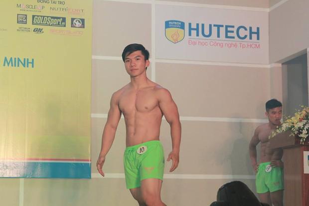 Ngôi trường Đại học ở TPHCM đi 3 bước là gặp trai đẹp, toàn soái ca 6 múi đến mức em trai Sơn Tùng MTP cũng phải chào thua! - ảnh 15