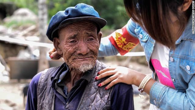 Bi kịch xã hội hiện đại Trung Quốc: Cha mẹ về già bị con cái bỏ rơi, sống cô quạnh, không một lời hỏi thăm, chết không ai biết - ảnh 5