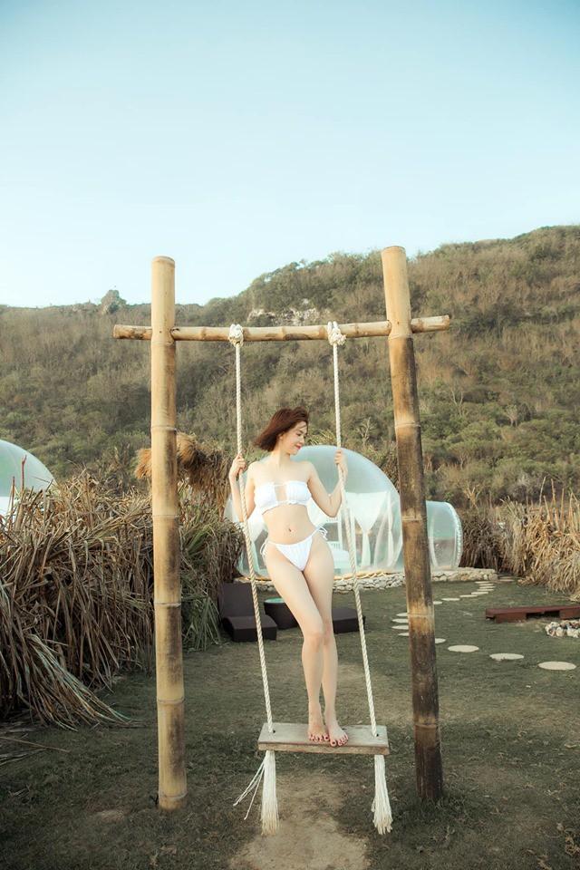 Sau ảnh nude 100% ở Bali, Ngọc Trinh lại gây sốt với loạt ảnh nội y khoe body nuột tuổi 30 - Ảnh 9.