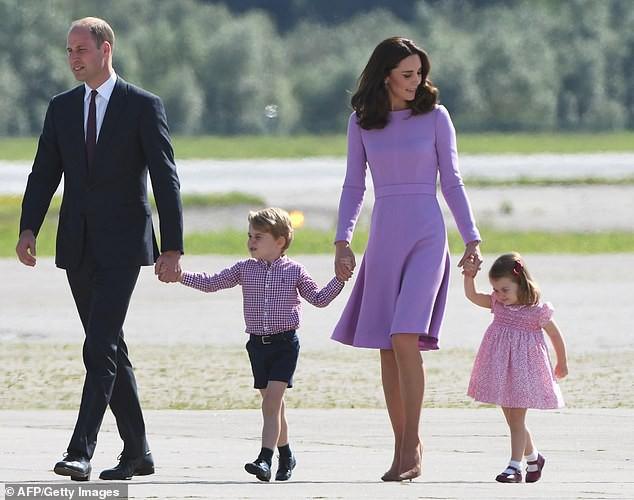 Lộ học phí đắt đỏ của Công chúa Charlotte - con gái Công nương Kate và Hoàng tử William - ảnh 1