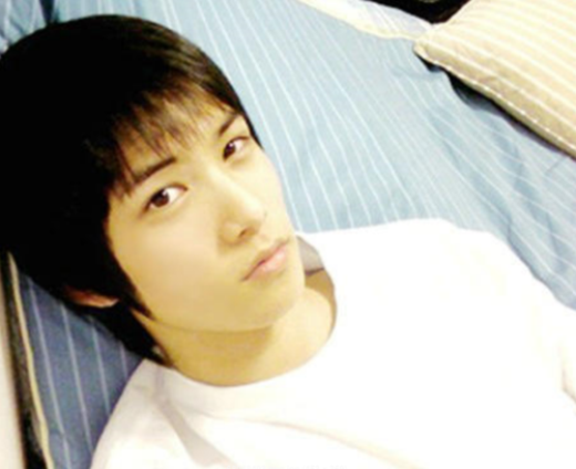 Ngày ấy – bây giờ của 7 sao Hàn từng là hotboy, hotgirl mạng xã hội đình đám: Người tù tội, kẻ bỗng thành tiểu tam tin đồn - Ảnh 9.