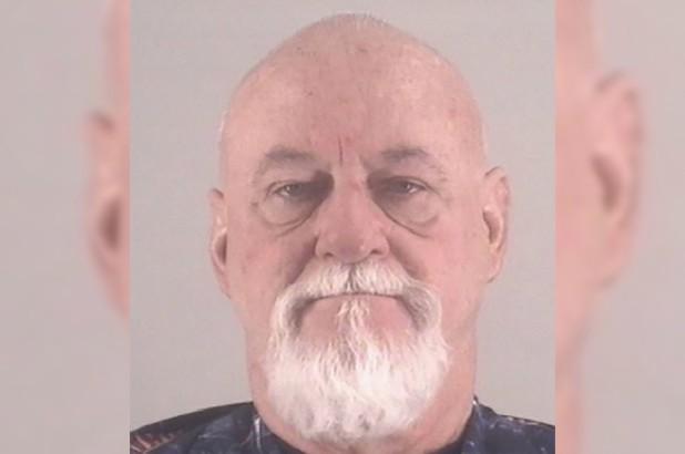 Tận mắt chứng kiến người đàn ông giấu thi thể vợ trong tủ lạnh, nhân chứng kinh hoàng báo cảnh sát và mở ra vụ án đầy uẩn khúc - ảnh 2