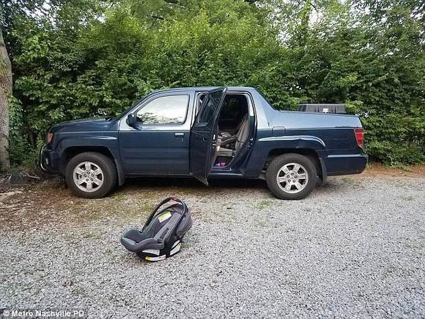 Những vụ người lớn để quên trẻ em trong xe gây ra kết cục đau thương khiến ai cũng ám ảnh - ảnh 3