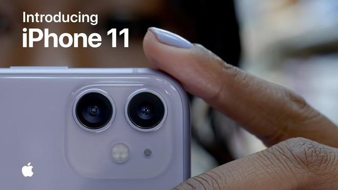Không cần antifan chọc ngoáy, tự Apple cũng biết cách tung hứng với camera hài hước của iPhone 11 - ảnh 1